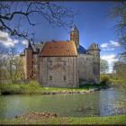 Kasteel Waardenburg: Geschiedenis en Fausts pact