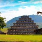 Maya piramides en gebouwen