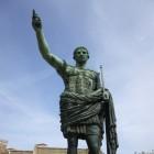 Julius Caesar: opkomst, machtslust en politieke uitdagingen