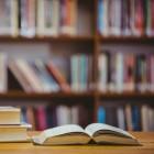 Hoe men bibliotheekboeken beschermde: boetes en boekvloeken