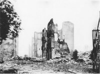Guernica na het bombardement / Bron: Das Bundesarchiv, Wikimedia Commons (CC BY-SA-3.0)
