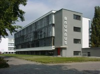 Bauhaus / Bron: Mewes, Wikimedia Commons (Publiek domein)